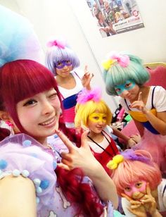 decora girls. actually, they remind me of Hit-Girl from Kick Ass =)