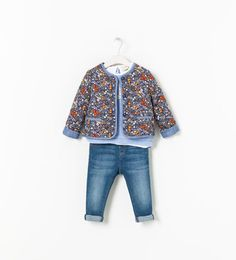 Image 4 of FLORAL PRINT QUILTED JACKET from Zara