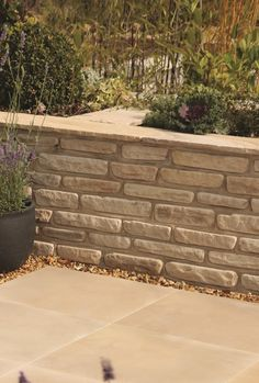 A perfect complement to Natural Sandstone paving, these fully rumbled, double-sided blocks are easy to use for both straight and curved walls. Sandstone Wall, Sandstone Paving, Step Edging, Curved Walls, Patio Design, Water Features, Most Beautiful Pictures, Yard, Barbecues