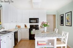 """Laminate that looks like marble - faux marble = """"farble"""" (according to two twenty one blog)"""