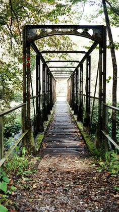 Brooklyn Bridge, Sidewalk, Outdoor Structures, World, Places, Travel, Beautiful, Puzzle, Fall Weather