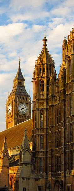 Big Ben hiding behind the Palace of Westminster, London, UK
