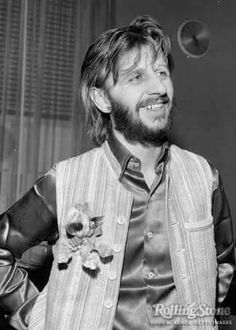 Ringo with toy pin Rock N Roll, Richard Starkey, The Ed Sullivan Show, Beatles Songs, Beatles Photos, The Fab Four, Ringo Starr, Popular Music, Great Bands