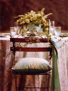Beautiful, woodsy and delicate seating....love the side ribbon & plush pillow