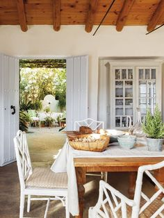 Rustic-chic house in Serranía de Ronda, Spain Patio Bar, Patio Dining, Dining Area, Dining Table, Patio Chairs, Dining Room, Porch And Terrace, Rustic Pergola, Pergola Attached To House