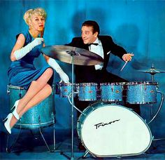 Trixon Thunderbeat kit- THIS MUST BE AN OUT DATED TYPE OF DRUM SET NOW BECAUSE I HAVE NEVER HEARD OF THIS KIND BEFORE!