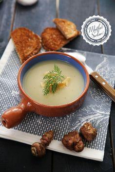 Yer Elması Çorbası Tarifi | Mutfak Sırları Fondue Recipe For Kids, Fondue Recipes, Soup Recipes, Dinner Recipes, Recipies, Jerusalem Artichoke Soup, Beer Cheese Fondue, Turkish Recipes, Ethnic Recipes