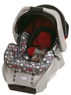 Meet the car seat more moms rely on than any other. Our top-rated Graco SnugRide Classic Connect, in Dotastic, has been thoughtfully constructed and rigorously tested for safety to help keep your baby secure from that very first ride home. Car Seat And Stroller, Baby Car Seats, Crochet For Boys, Baby Boy Newborn, Gifts For Boys, Baby Gear, Baby Items, Baby Gifts, Infant