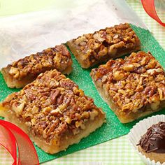 Favorite Pecan Pie Bars Recipe Send your favorite holiday travelers on their way with a package of these nutty little bars to eat when they get home Sylvia Ford Kennett M. Pecan Bars, Köstliche Desserts, Delicious Desserts, Dessert Recipes, Awesome Desserts, Plated Desserts, Scones, Snacks, Christmas Baking