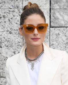 Olivia Palermo Pictures and Photos - Getty Images Olivia Palermo Street Style, Estilo Olivia Palermo, Olivia Palermo Lookbook, Kelly Osbourne, Liv Tyler, Kirsten Dunst, Halle, Wayfarer, Early 2000s Fashion