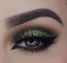 Nicely Done #makeupgoals #makeup #makeupporn http://isabella1beauty.tumblr.com/post/154380398660