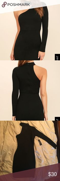 "Lulus Dress Very nice black dress, one shoulder long sleeve with open sleeve/neck on opposite side with collar. Form fitting. Only selling because I am 4'11"" and the dress goes to my knees. Would be better suited on a taller individual Dresses One Shoulder"