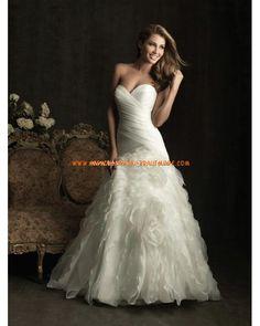 2013 Luxuriöse Brautmode aus Satin und Netz A-Linie mit Schleppe