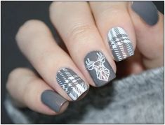 Semi-permanent varnish, false nails, patches: which manicure to choose? - My Nails Nagel Stamping, Stamping Nail Art, Stamping Plates, Nail Stamping Designs, Winter Nail Designs, Nail Art Designs, Tattoo Designs, Plaid Nail Designs, Plaid Nails