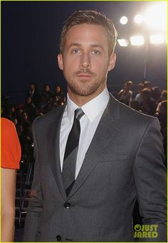 """<3 ryan gosling.. wasn't sure if i should pin him to """"celebs"""" or """"i want i want"""" :)"""