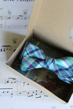 bowtie + piano.. yes please :)