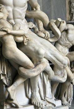 Dettaglio del Laocoonte di Agesandro, Atanodoro e Polidoro, I sec. d.C., Vatican Museums
