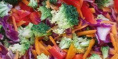 Spicy peanut rainbow salad Rainbow Salad, Spicy, Meat, Chicken, Cooking, Food, Kitchen, Essen, Meals