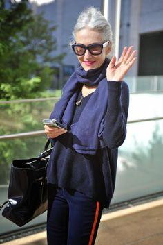 Stylistka, modelka, nowojorska ikona stylu.... Linda Rodin starzenie cały wywiad.... http://intothegloss.com/2014/11/linda-r...