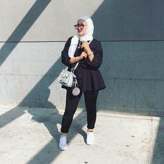 "148 Likes, 7 Comments - Hijab Chicness  (@hijabchicness) on Instagram: ""@queenzouzita | #hijabchicness"""