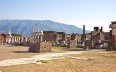 Mary Beard, the broadcaster and classicist, offers an expert guide to visiting the Roman ruins of Pompeii.
