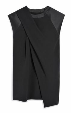 Draped Neck Muscle Tee by Alexander Wang for Preorder on Moda Operandi - white blouses for sale, official blouses for ladies, womens tie blouse *ad Fashion Details, Love Fashion, Fashion Fall, Fashion Moda, Womens Fashion, Look Chic, Muscle Tees, Alternative Fashion, Alexander Wang