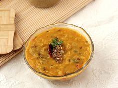 Dal Tadka (Yellow Dal) - Daal with Lahsuni Tadka (garlic tempering)