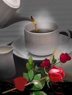 Daily Beautiful Gifts: Hot Coffee and Red Rose Flower Coffee Gif, Coffee Images, I Love Coffee, Hot Coffee, Coffee Break, Coffee Cups, Good Morning Coffee, Good Morning Good Night, Good Morning Images