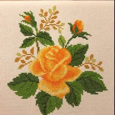 """Modern cross stitch pattern PDF """"Heart & Red Roses"""" Floral wreath counted x-stitch chart Flower design Embroidery pillow Hoop art Modern Cross Stitch Patterns, Counted Cross Stitch Patterns, Cross Stitch Embroidery, Embroidery Patterns, Monogram Cross Stitch, Cross Stitch Rose, Cross Stitch Flowers, Yellow Roses, Red Roses"""