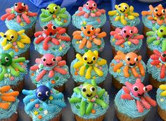 fish theme party and cupcakes - would be great for birthdays at Ocean Shores @Rachel Turian and @Mary Kate Eaton