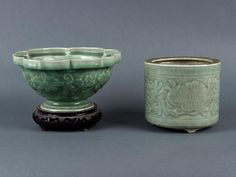 A Chinese celadon lobed bowl, 20th century, together with a celadon pot, the bowl 22.5cm d, the pot 13cm h