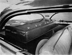 #ThrowbackThursday - Here's another view of that 1956 mobile medical and surgical supply in a 1955 Packard 400 hardtop. Enjoy! https://www.avma.org/News/JAVMANews/Pages/151015f.aspx?utm_source=pinterest&utm_medium=socmed&utm_campaign=vethistory