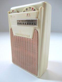 Vintage Transistor Radio, Universal Model