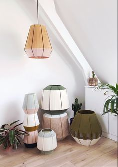Maison Paloma does not lose track Diy Luminaire, Diy Lampe, Diy Inspiration, Interior Design Inspiration, Home Crafts, Diy Home Decor, Apartment Makeover, Handmade Lamps, Lamp Design