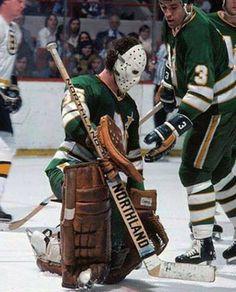 Paul Harrison Hockey Goalie, Ice Hockey, Minnesota North Stars, Goalie Mask, Sports Logos, Art Model, Nhl, Old School, Posters