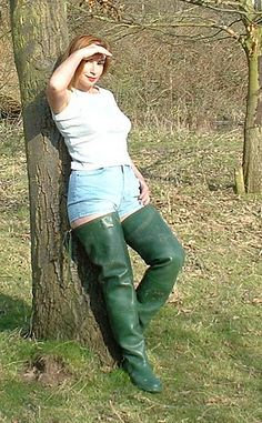 like sexe in hunter boots and waders Thigh High Boots Heels, Heeled Boots, Rubber Shoes, Rain Wear, Hunter Boots, Fashion Boots, Leather Boots, Riding Boots, Female