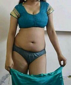 Nackte indische Bauchketten-Tanten — foto 12