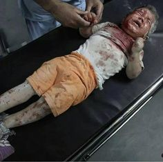 He died crying and scared. Send it to the corrupt world leaders #IsraelKidsKiller #WarCrimesInGaza pic.twitter.com/imBw8ngTbb