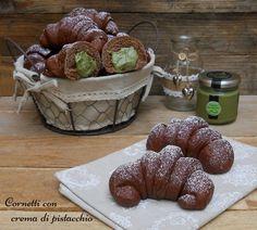 cornetti al cacao con crema di pistacchio def