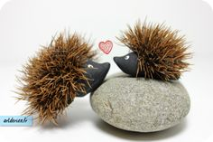 hérisson 3 Creative Activities For Kids, Diy For Kids, Crafts For Kids, Arts And Crafts, Acorn Crafts, Pine Cone Crafts, Autumn Crafts, Nature Crafts, Diy Christmas Gifts For Parents
