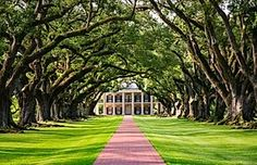 Plantation Tours | New Orleans | Old River Road