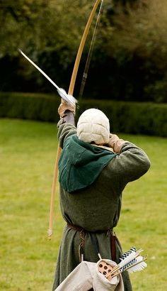 by Alex Stanhope Medieval Archer, Medieval Fantasy, Traditional Bow, Traditional Archery, Archery Bows, Archery Hunting, Deer Hunting, Vikings, Kayaking Gear