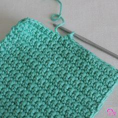 Pochette crochetée bobo chic en fil DMC Natura XL