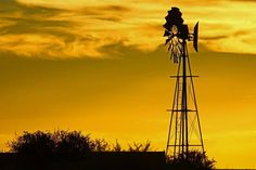 Windpomp & yellow sky Yellow Sky, Wind Power, Windmills, Rustic, Nature, Waiting, Pumps, Zip, Nostalgia