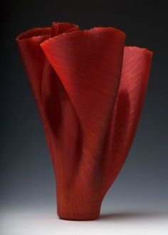 Cima  Filet-de-Verre, fused and thermoformed  colored glass threads    Toots Zynsky