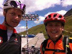 Col du Petit Saint Bernard, avec Dubinou qui s'initie à la route...