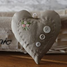 Shabby Chic Home Decor Heart Decorations, Valentine Decorations, Valentine Crafts, Valentines, Hobbies And Crafts, Diy And Crafts, Sewing Crafts, Sewing Projects, Patchwork Heart