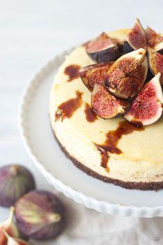 Frische Feigen und Balsamico am cremigen Vanille Cheesecake von Sweets & Lifestyle