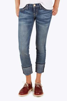 Cuffed not-so-skinny jean. The shoe is cute. I might wear a chunky heel in the same color to lengthen my legs.