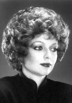 Short Permed Hair, Curly Perm, Permed Hairstyles, Retro Hairstyles, 1960s Hair, Beehive Hair, Bouffant Hair, Hair Setting, Pin Up Hair